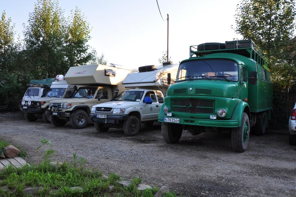 Fahrzeuge im Oasis