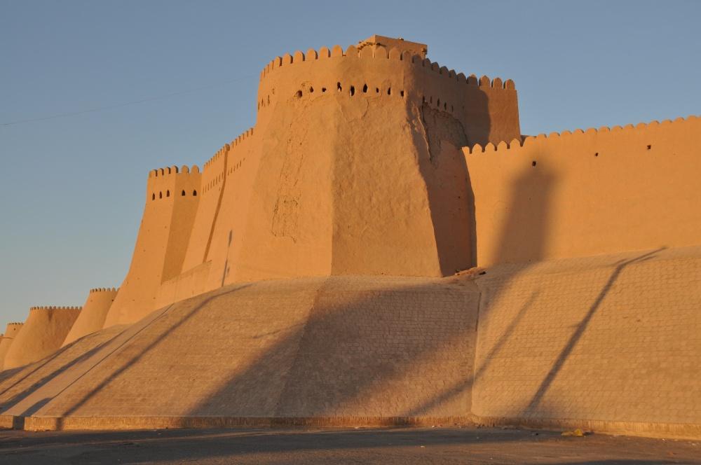 Historische Stadtmauer von Khiva