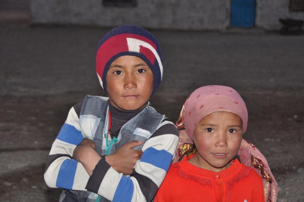 Mädchen, Junge aus Tadschikistan (Portrait)