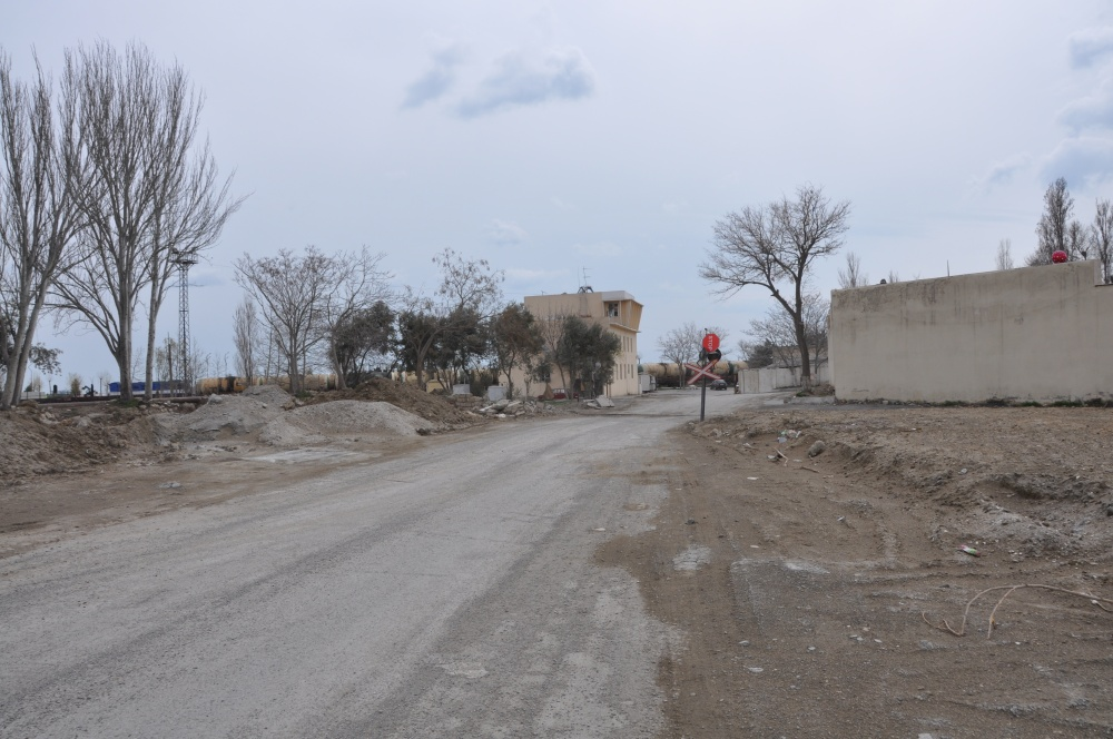 Piste, Bahnschranke in Baku