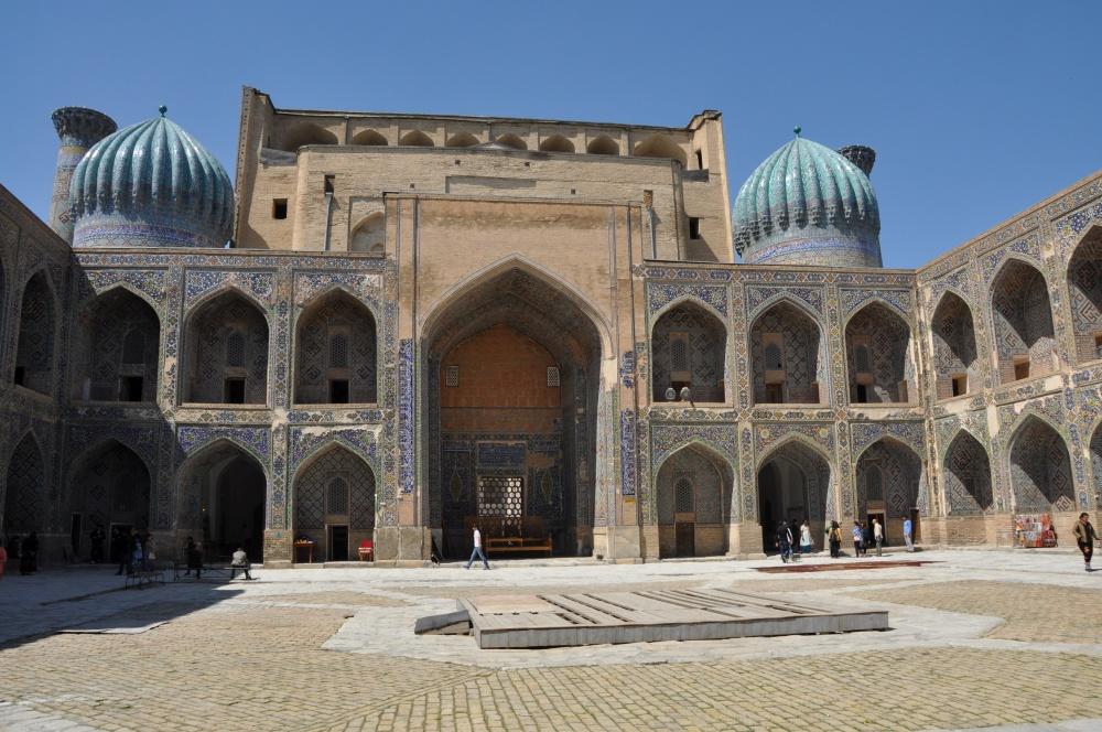 Sher Dor Medressa beim Registan in Samarkand