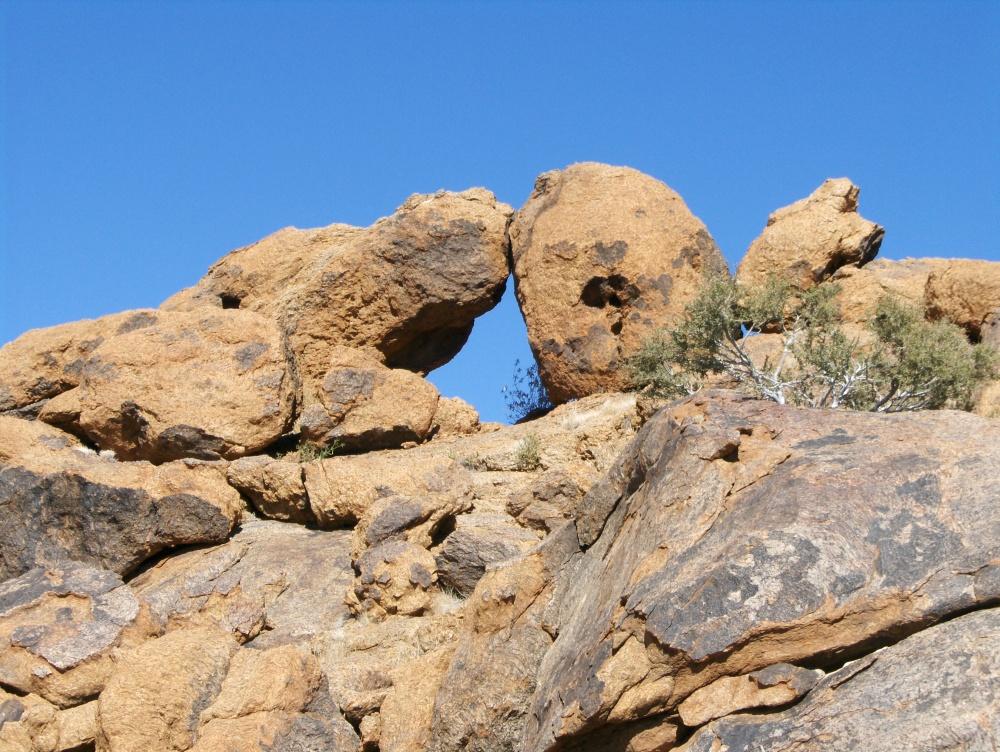 Steinformation mit Loch