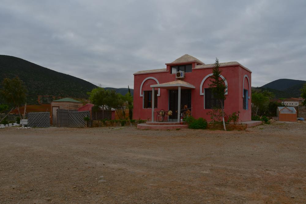 Pinkes Haus Cala Idris