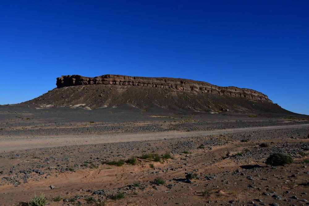 Krater Gara Medouar von aussen