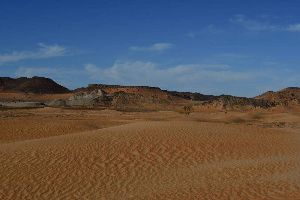 Sandduenen bei Er Remlia