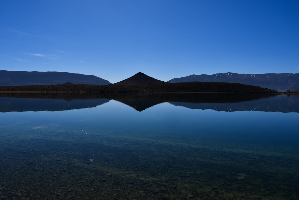 Lac de Tislit Spiegelbild Berg