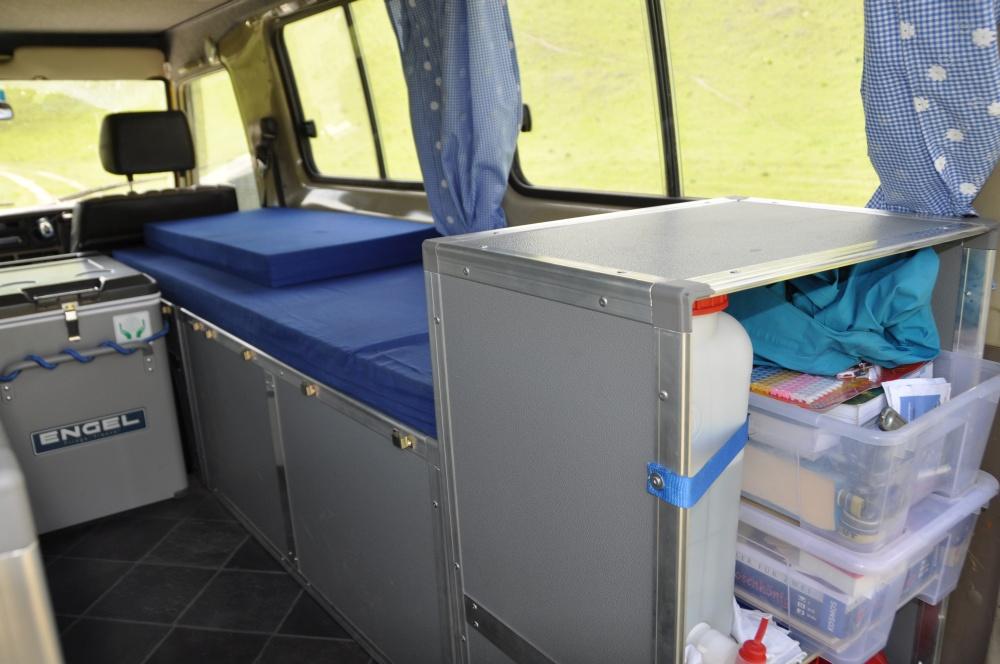 Land Cruiser Reisefahrzeug sinnvoller Innenausbau