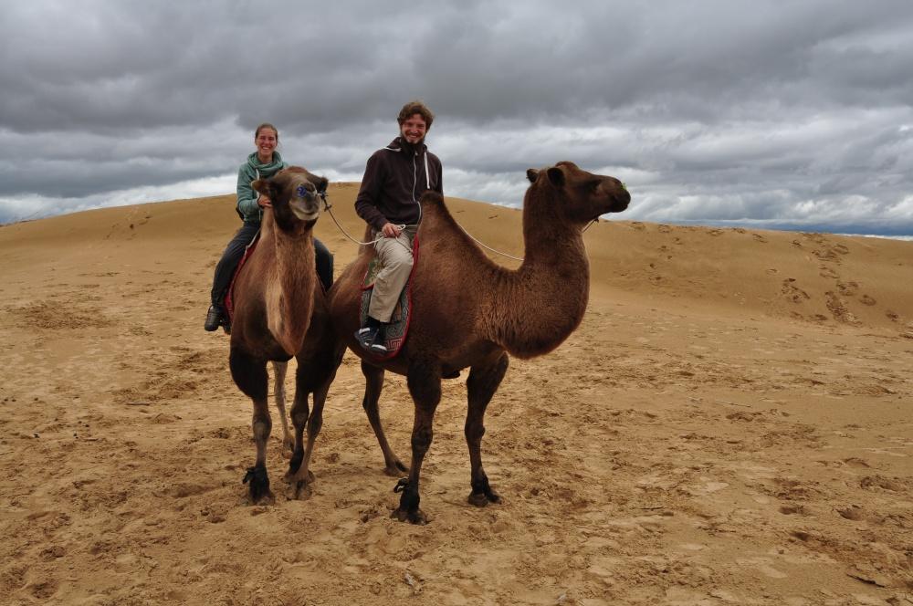 Tobi und Fränzi Kamelausritt