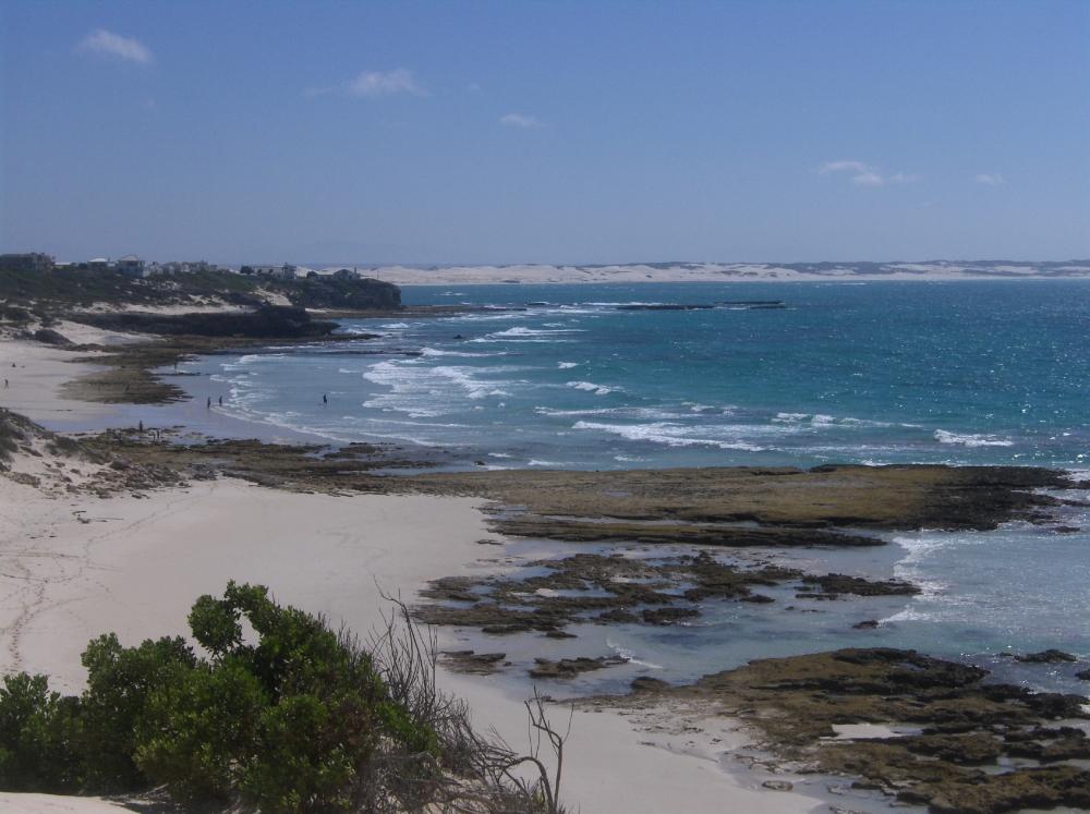 Weisser Strand im südlichen Afrika