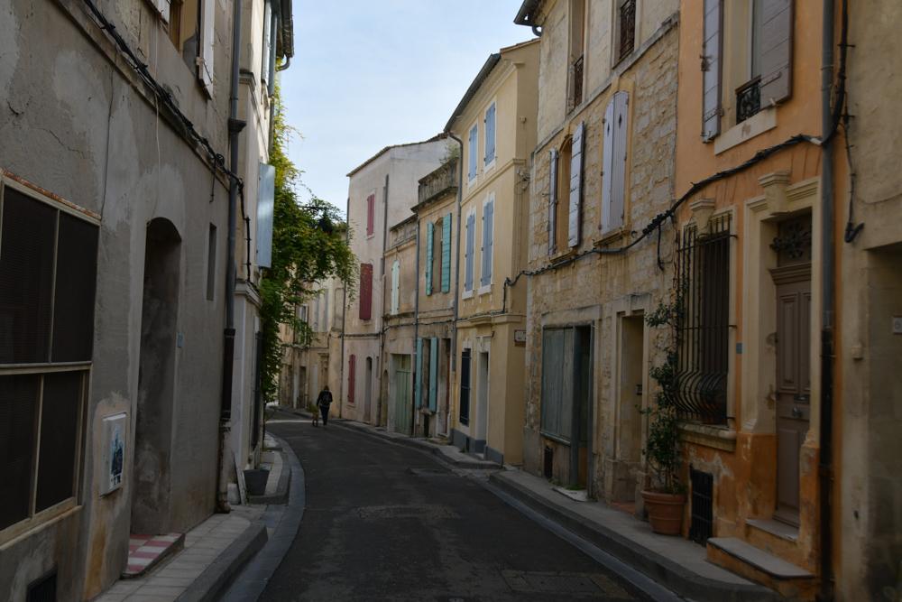 Häuserreihe Strasse Arles