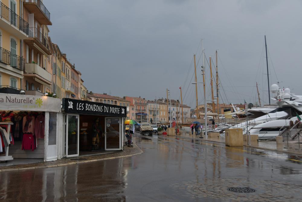 St.Tropez Regen Hafen