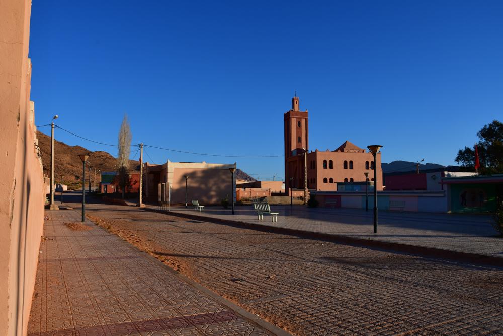 Schule Moschee Dorfplatz Iche